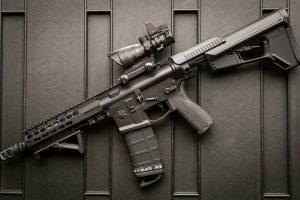 Rifle with Custom Charging Handle